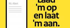 Laad 'm op en laat 'm aan: NL-Alert campagne stimuleert 75-plusser om de mobiele telefoon aan te laten staan